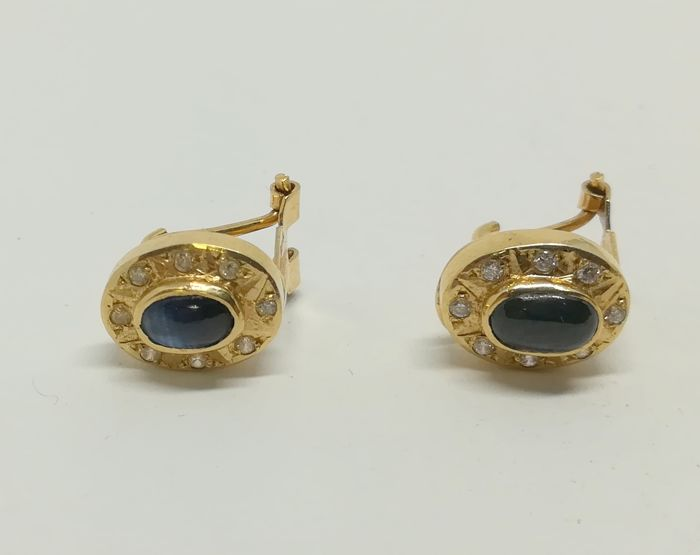 Earrings in 18 kt yellow gold with sapphires and zirconias - measurement 1.1 cm