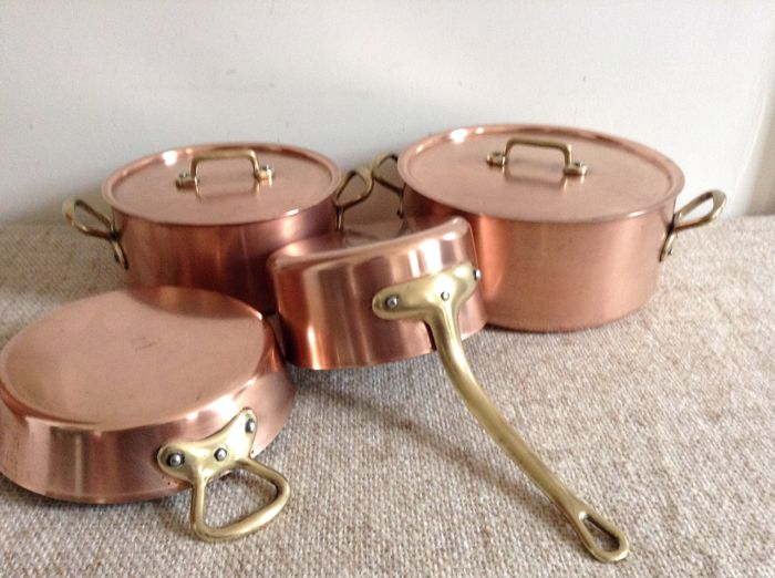 'EENHOORN' 3 Crowns - professional cookery and pans in copper - tinned.