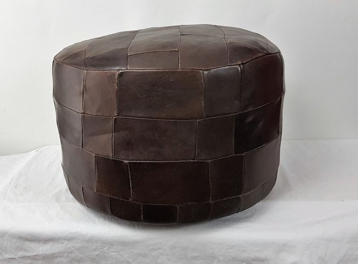 Manufacturer unknown - Vintage leather ottoman