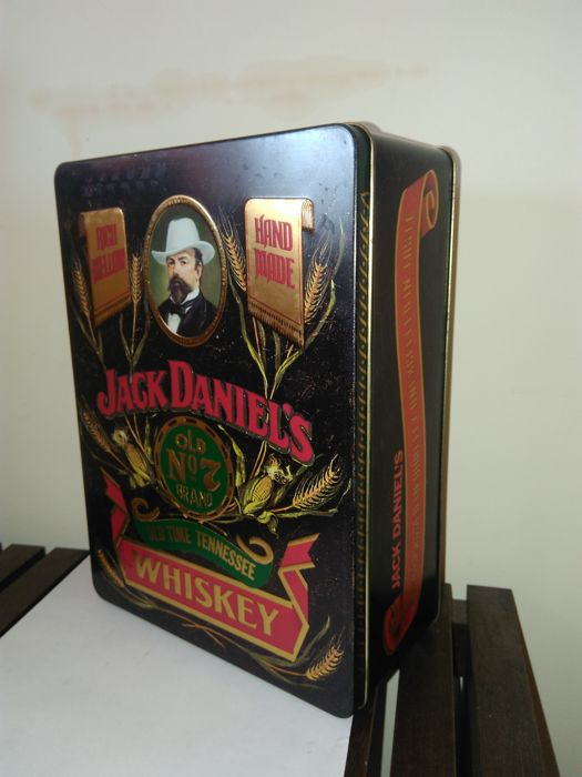 Jack Daniel's old N 7 set with shot 2 glasses