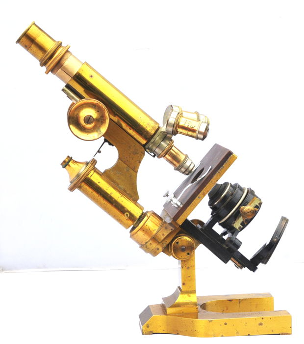 Beautiful antique E. Leitz Wetzlar microscope 1897 in an original mahogany case (filiale New York)