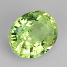 Chrysoberyl – 1.15 ct – Yellowish Green – No reserve