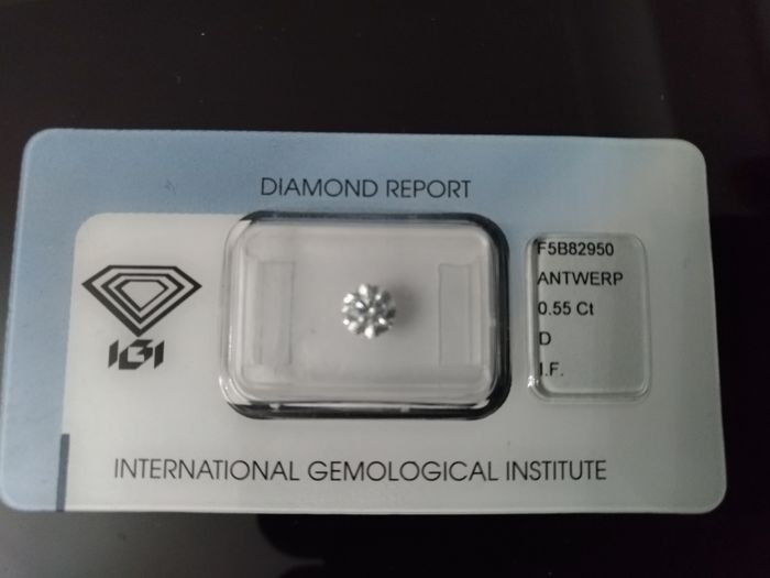 Brilliant cut diamond of 0.55 ct, D I F 3 times, excellent
