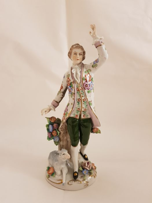 Capodimonte (Naples) - One polychrome porcelain figure depicting a young gentleman with a lamb at his feet