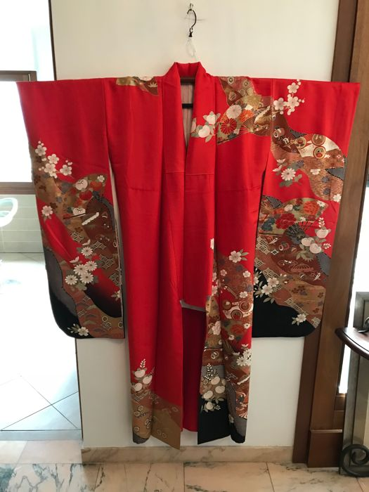 Vintage Furisode kimono, silk, for girl's 20th birthday ceremony – Japan – Mid-20th century