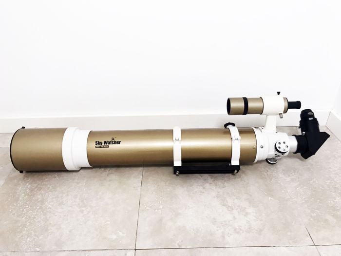 SKY WATCHER  PRO SERIES ED 120/900 REFRACTOR TELESCOPE