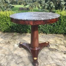 Mahogany pedestal table, ormolu and marble Consulate / Empire period - 1800 - France