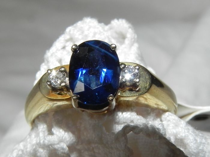 Natural sapphire retro 14 kt, 585 gold approx. 1 ct sapphire and approx 0.08 ct diamonds