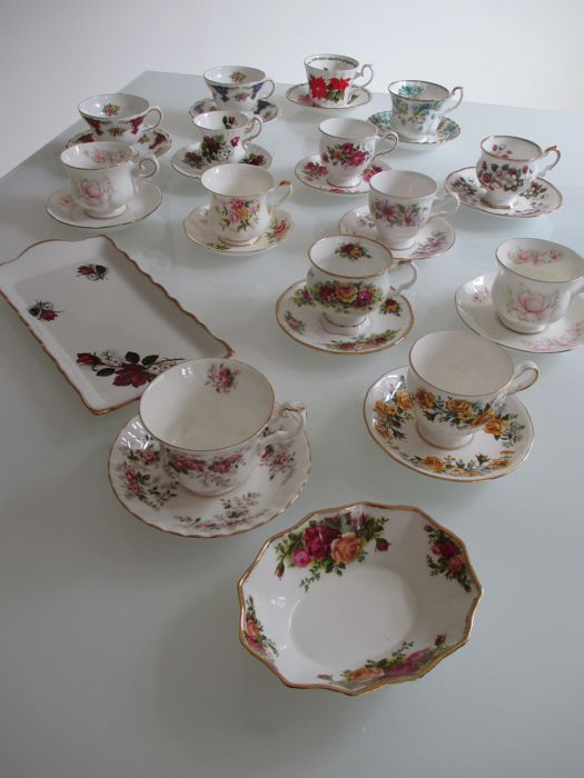 Mixed lot English porcelain, including Royal Albert, Rosina, 14x cup and saucer, 1x bonbon dish and 1x cake dish