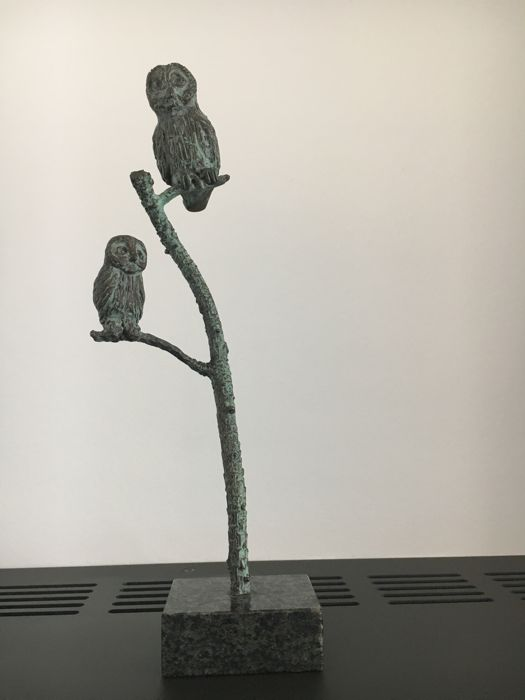 T. Stuurman-Geerkens - Two owl on a branch
