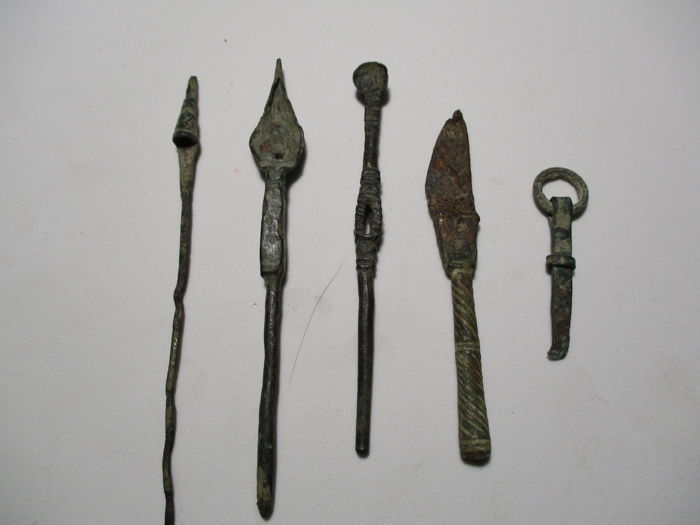 5 pieces of Roman medical instruments