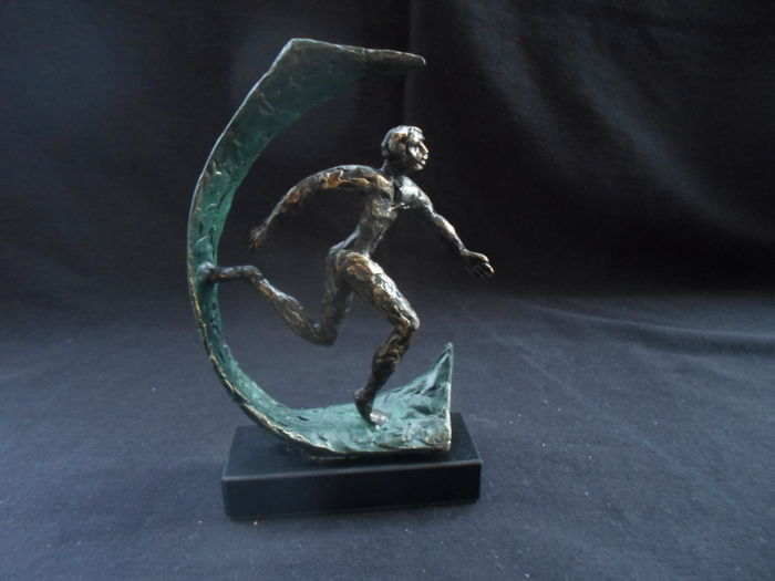Ger van Tankeren - statue: Road to Success (signed)