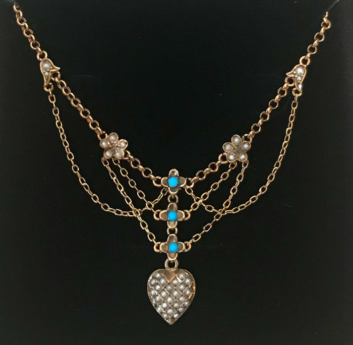"""Art Nouveau necklace """"heart"""" necklace with pendant with 39 pearls and 3 turquoises made of 333 gold / 8 kt rose gold, circa 1900"""