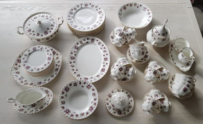 Royal Albert - 68 delig servies 'sweet violets'
