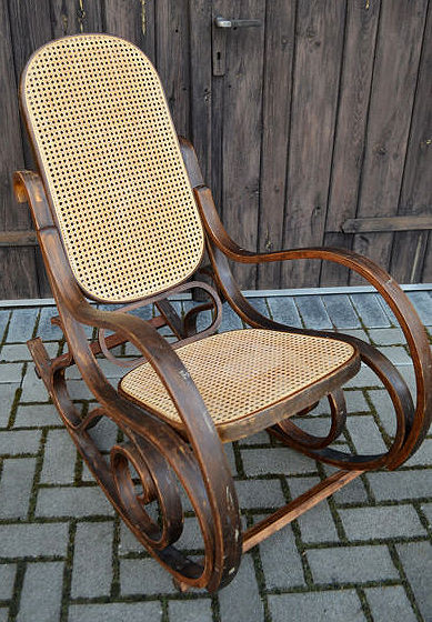 Wooden bow rocking chair, ca. 1920