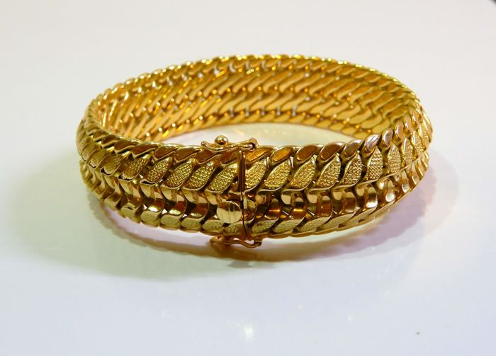 Beautiful bracelet in perfect condition, 18 kt gold, length 19 cm, weight 40.26 g