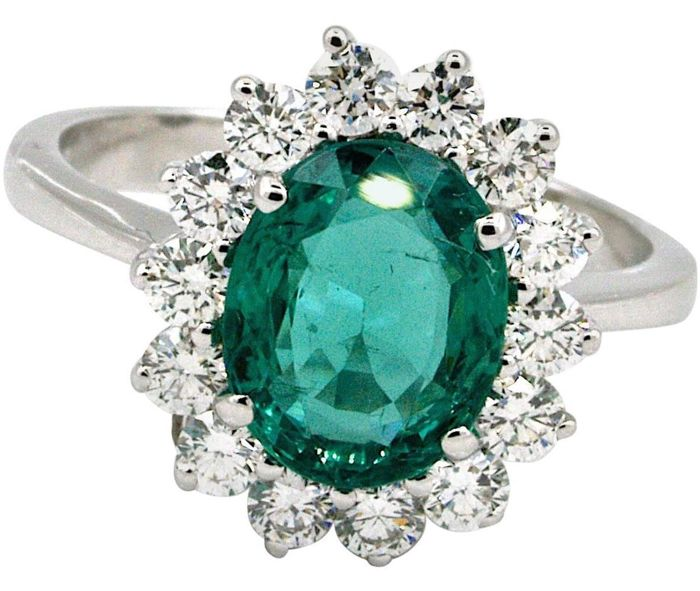 White gold ring with an emerald of superior quality and certified by IGI Antwerp Diamonds VVS-F - Size 55