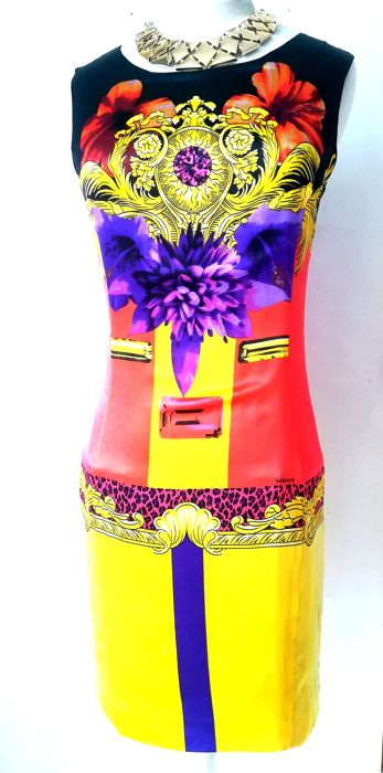 160d0495f78b Versace - Silk dress - Vintage - Catawiki