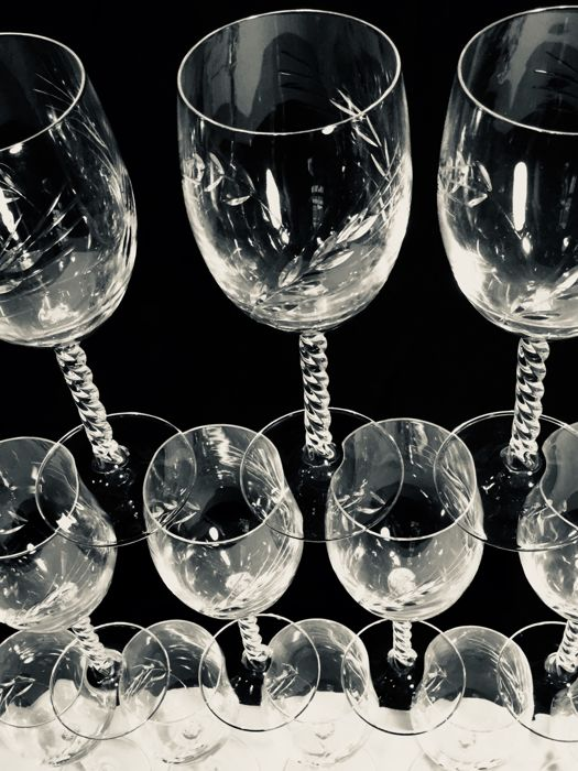 cristal d 39 arques 12 crystal wineglasses 39 taill epi 39 with pattern of cut cornstalks catawiki. Black Bedroom Furniture Sets. Home Design Ideas