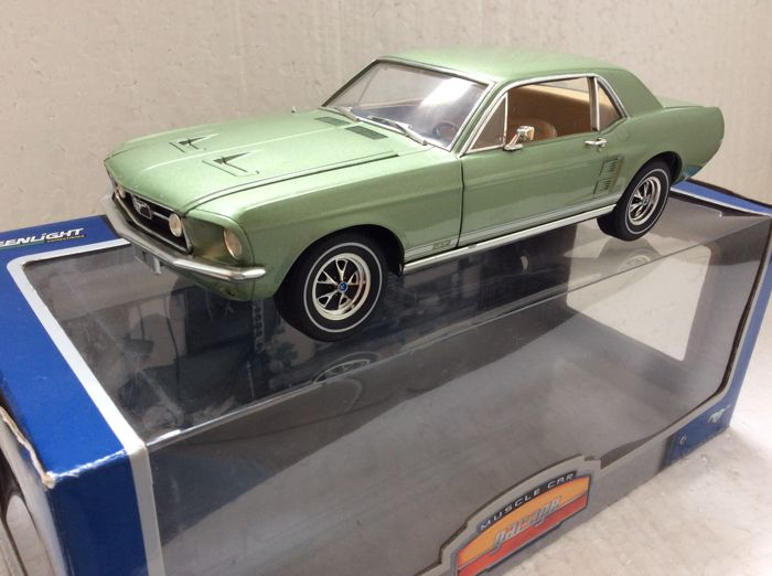 Greenlight - 1:18 - 1967 Ford Mustang Coupe limited edition - Number 15