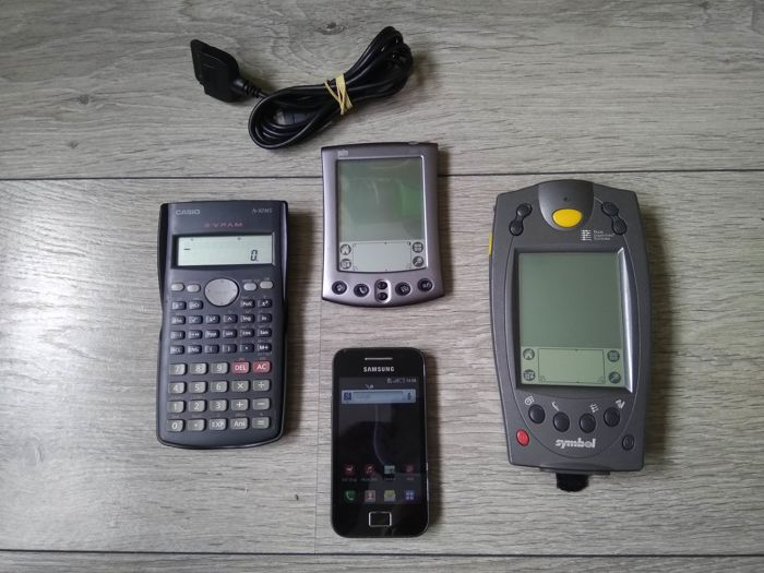 Lot Of 4 Vintage Mobile Devices Palm M500 Samsung Galaxy Ace