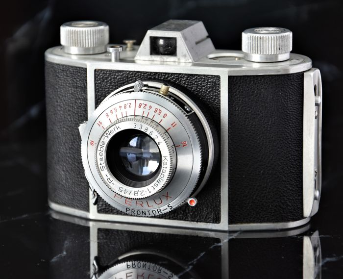 1949  NEIDIG   'Perlux'  35mm Camera.