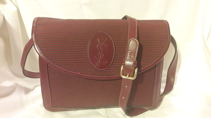 Yves Saint Laurent Crossbody bag - Vintage - Catawiki 018afee3355a