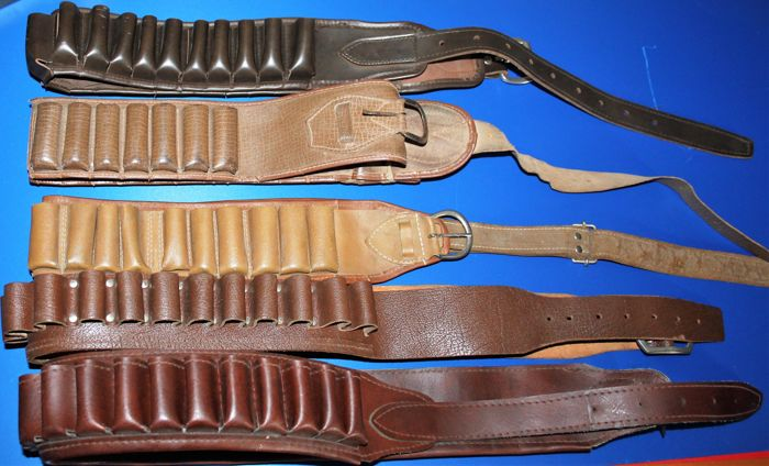 Lot of 5 cartridge belts for shotgun shells, in good but used condition, mostly leather, see photos
