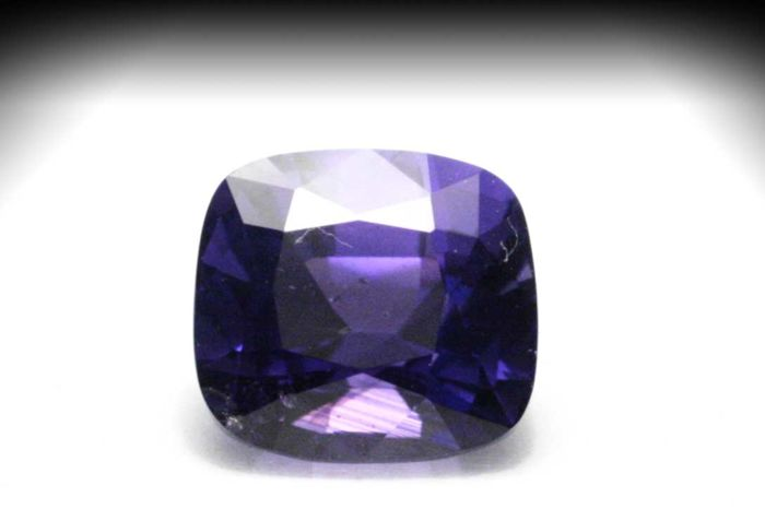 Color Change Sapphire – Deep Blue / Purple – 1.11 ct