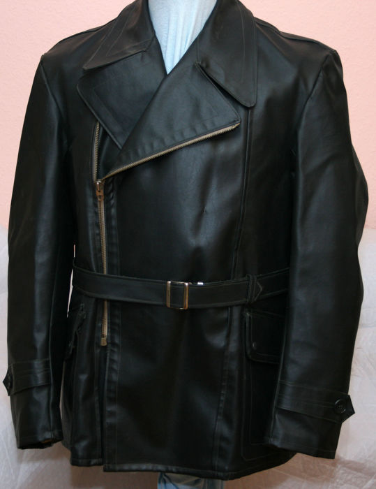Old black leather jacket Moto / aviator jacket of an air force pilot / tank man in excellent condition