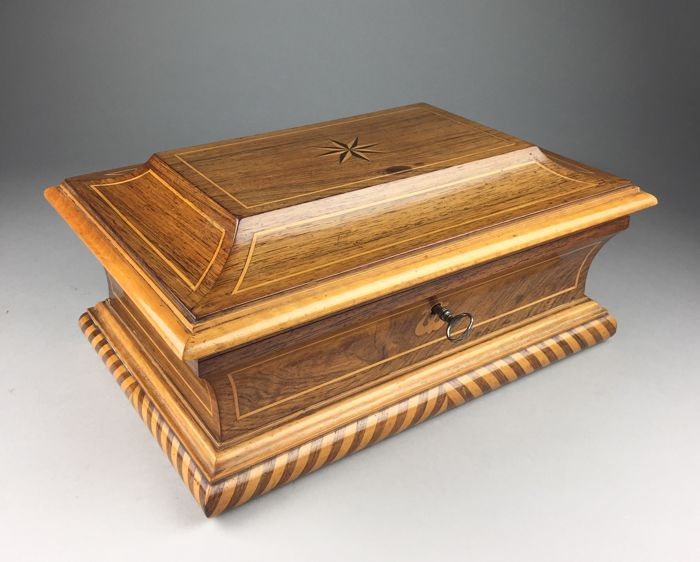 Rosewood jewellery box with intarsia and double compartment division - 19th century