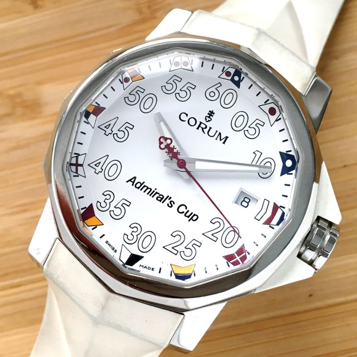 Corum - Admiral´s Cup Automatic Throphy Cup - Homme - 2000-2010