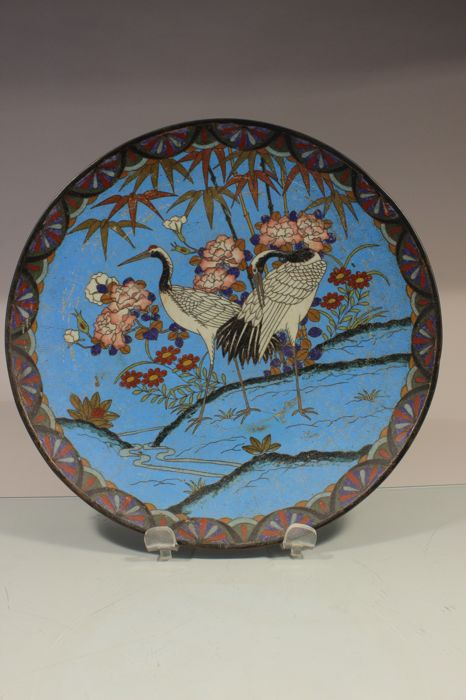 Cloisonné dish with cranes - Japan - Late 19th century