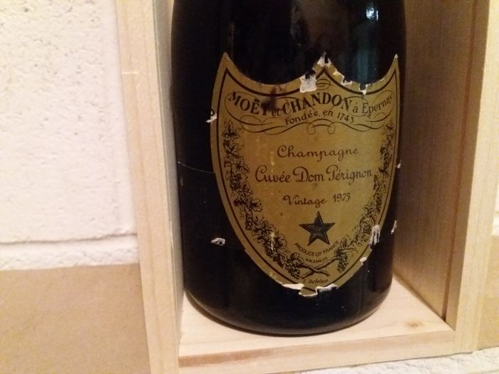 1975 Dom Perignon Vintage Champagne - 1 bottle (75cl) with wood box
