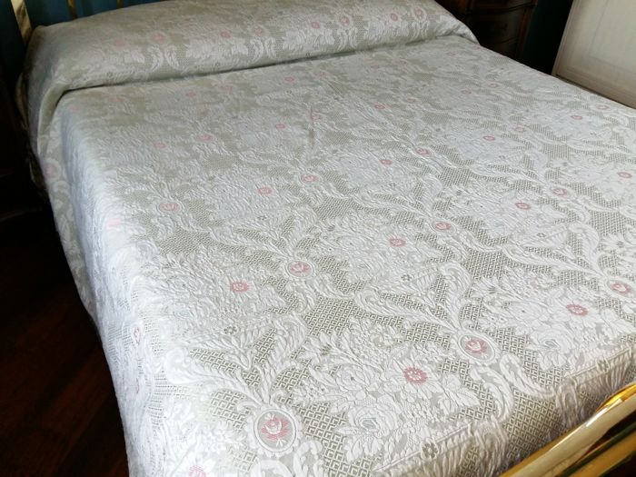 Italy - antique Jacquard fabric double bedspread