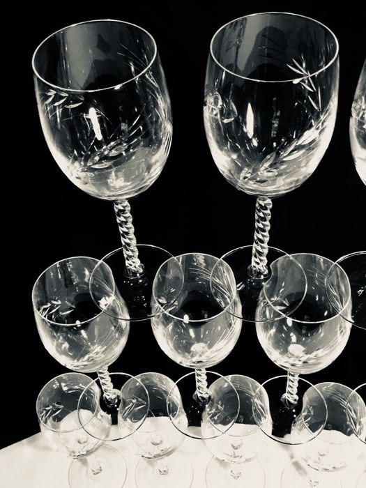 cristal d 39 arques 10 crystal wineglasses 39 taill epi 39 with pattern of cut cornstalks catawiki. Black Bedroom Furniture Sets. Home Design Ideas