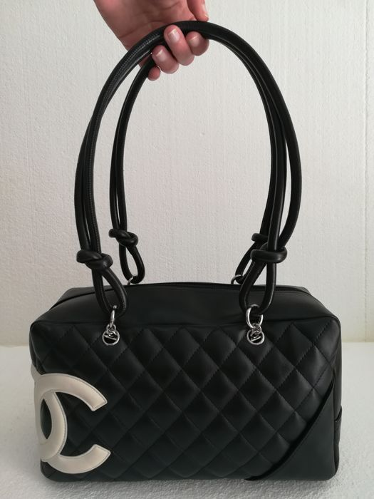 Chanel - Cambon Black Quilted Leather  Sac en bandoulière