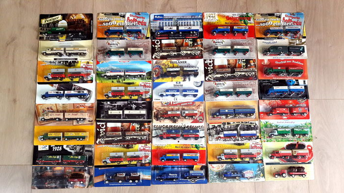 Collection with 40 nostalgia and oldtimer - advertising trucks, 1/87, all in mint condition in the original package