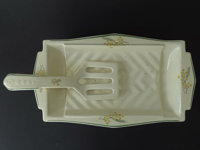 Rare Art Deco asparagus dish with accessory spatula with mimosa decoration