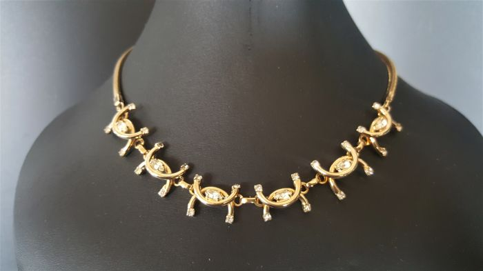 Vintage signed VOLUPTE gold toned crystal necklace from 1940's