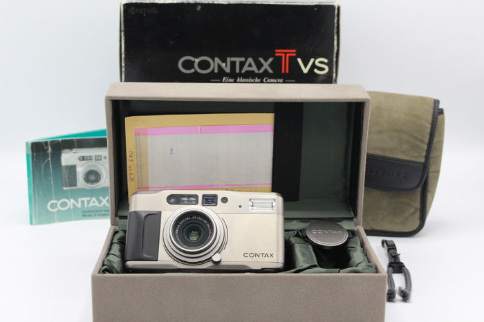 Contax T VS camera with original case and packaging - (2954)