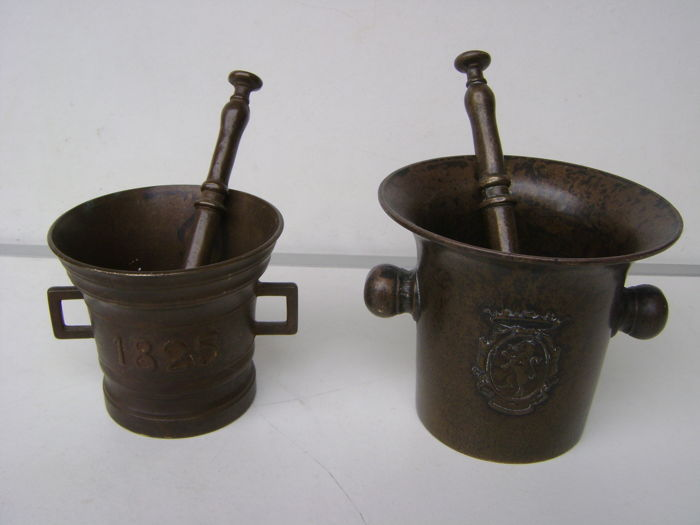 Two bronze mortars with pestles - the Netherlands - 1st half of the 20th century