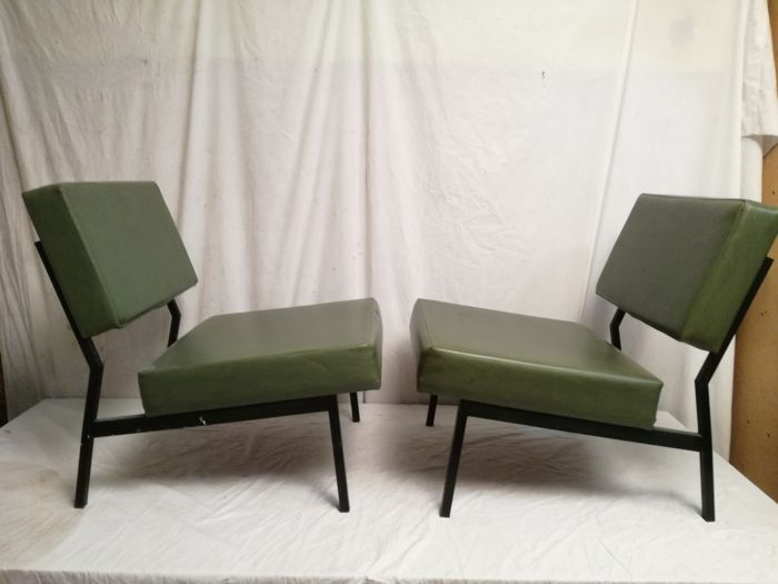 Producer unknown - 2 mid-century modern armchairs