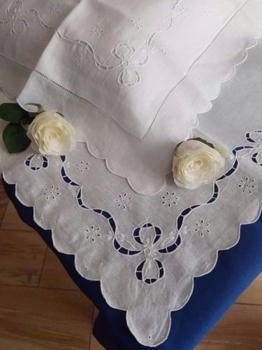 100% pure linen double bed sheet with cutwork and satin stitch embroidery