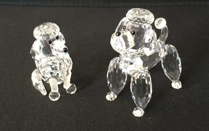 Swarovski - poodle sitting and standing