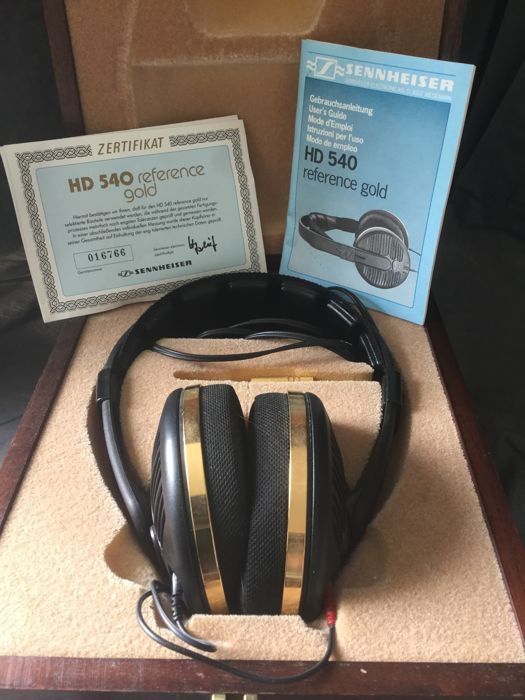 Sennheiser HD 540 Reference Gold headphones in wooden case