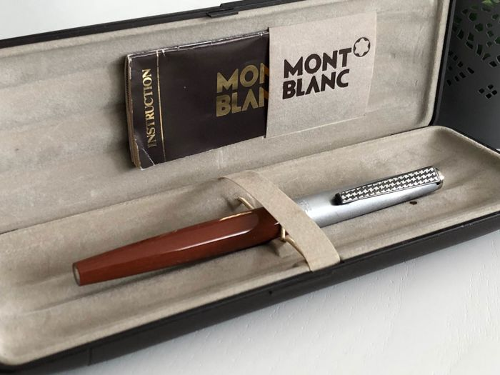 MONTBLANC Caressa old and beautiful