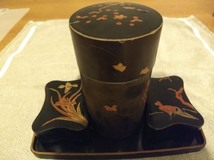 Lacquered cha-ire (tea caddy), boxes and tray - Japan - ca. 1900