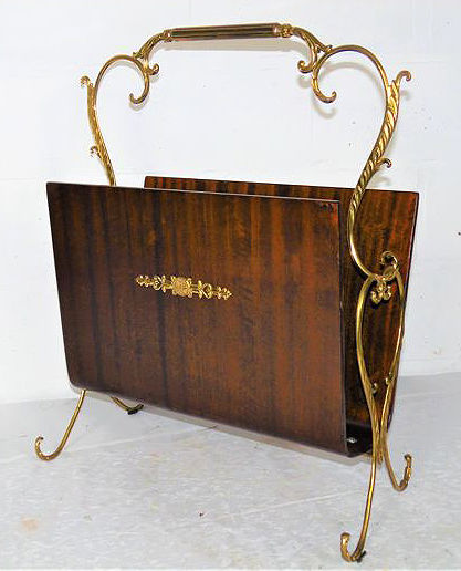 An English magazine rack vintage style, mid 20th century