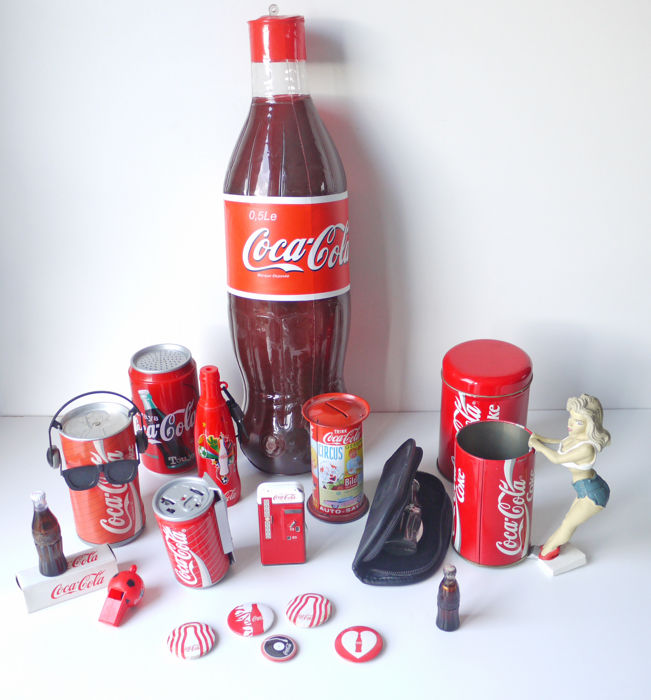 Coca Cola Gifts >> Set Of Coca Cola Items Lighters Promotional Items Radio Etc